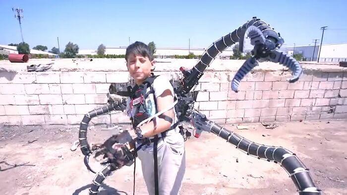 Erik Finman created Doctor Octopus suit