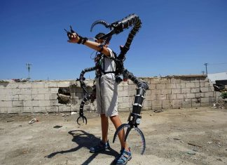 A Real-Life Doctor Octopus Suit Created Inspired by Spider-Man
