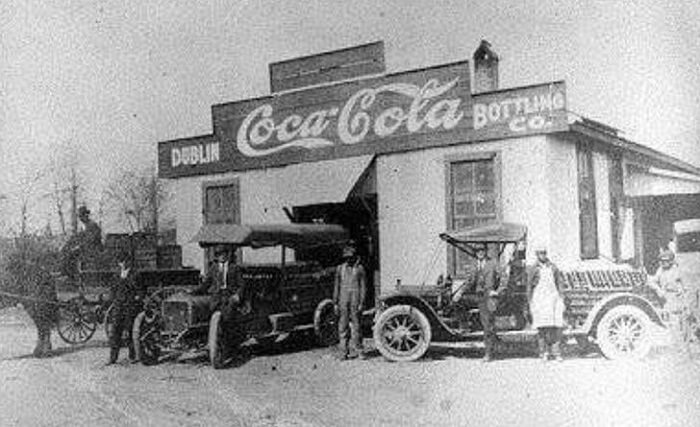 Coca Cola – 1912