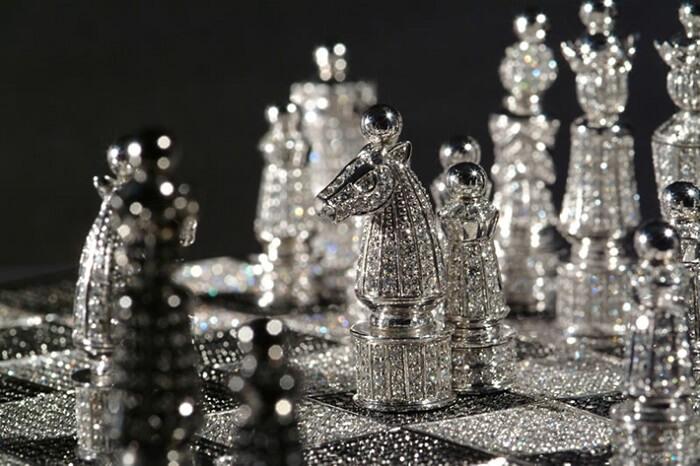Diamond Chess Set - Most Expensive Useless Things