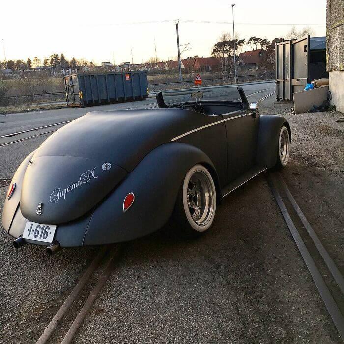 1961 VW Beetle Deluxe Transformation
