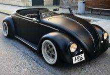 Guy Transformed A 1961 VW Beetle Deluxe Into a Black Matte Roadster